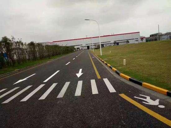 交通设施的的精品-道路划线机